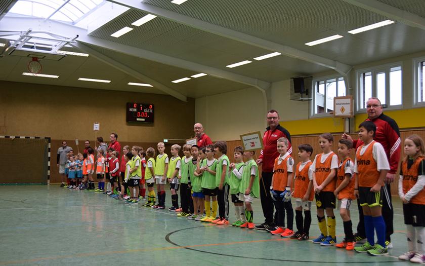 Die Teilnehmer des ersten Finne-Cups