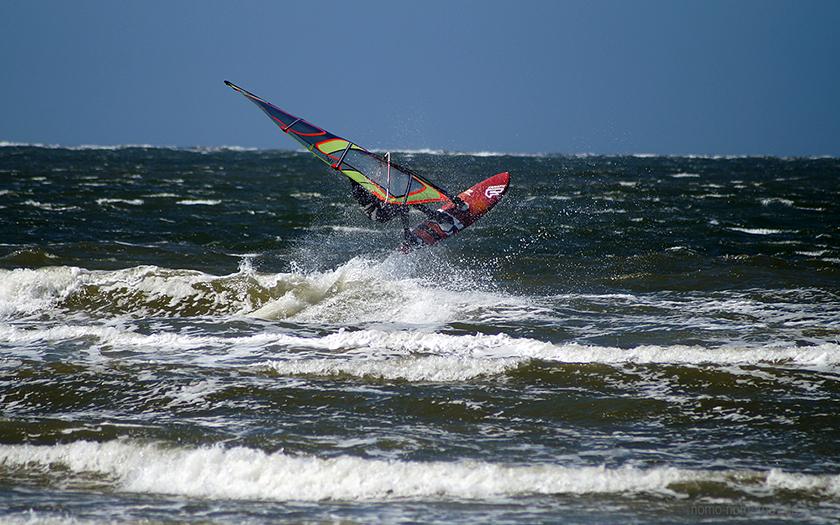 Wetter lockt Surfer