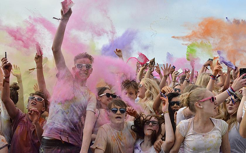 Holi-Beach-Fest auf Norderney