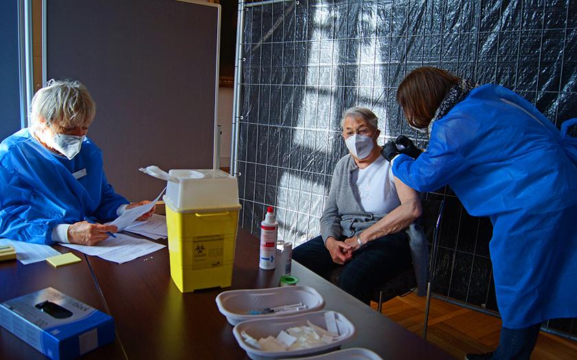 Impfen der über 80-Jährigen