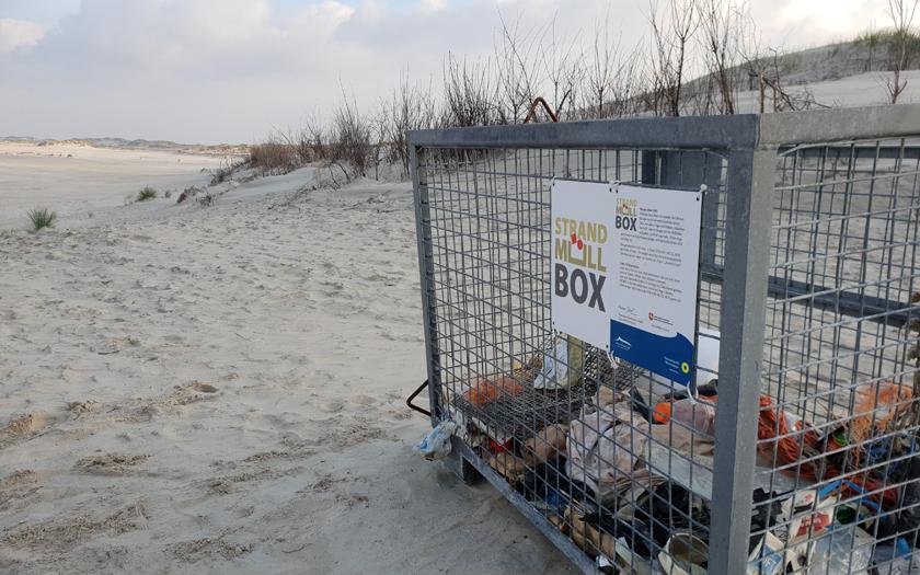 Strandmüllbox am Strand von Norderney