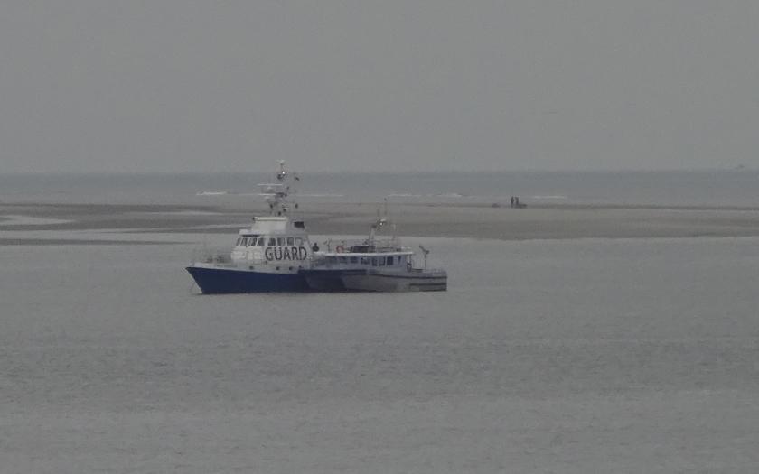 Sprengung kampfmittelräumung auf Sandbank zwischen Norderney und Juist