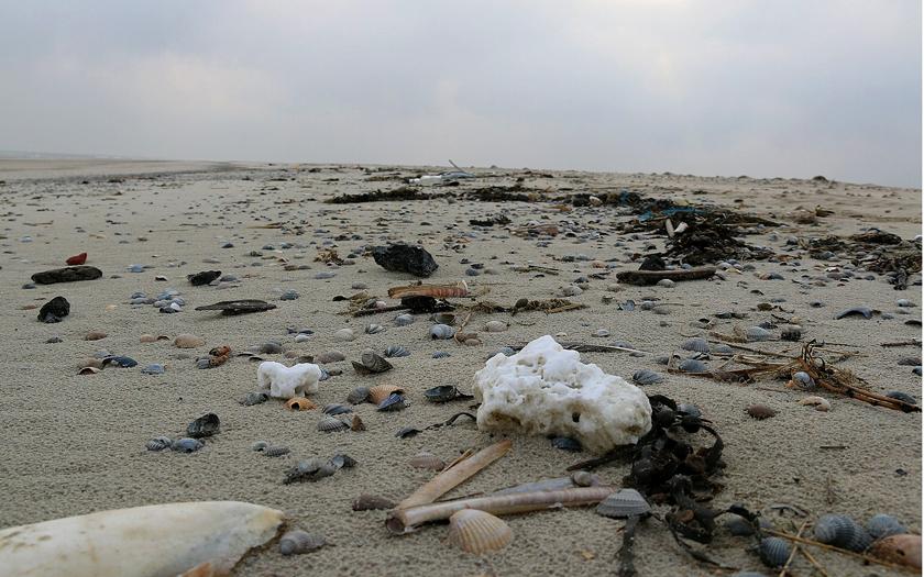 Paraffin am Strand von Norderney