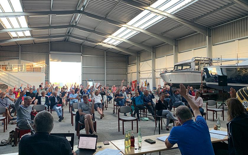 Jahreshauptversammlung des Seglervereins in der Bootshalle