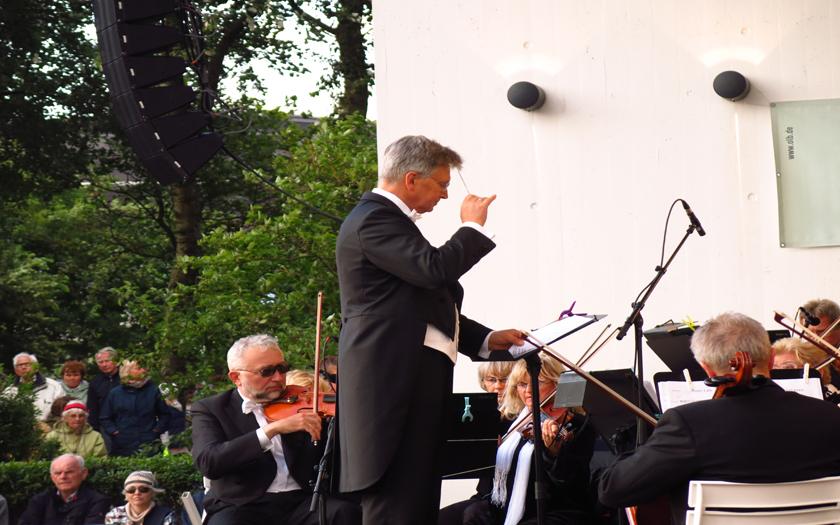 Dirigent1