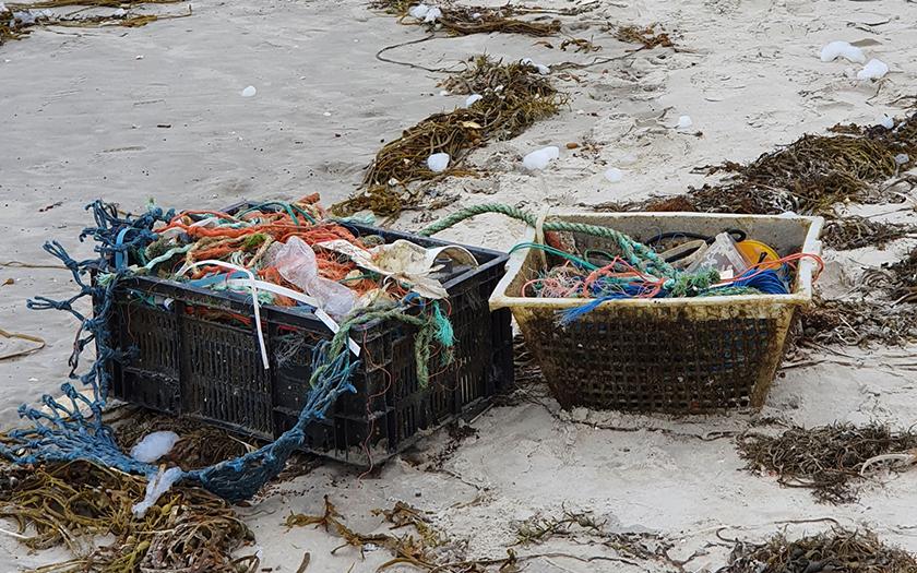 Viel Müll spült das Meer an die Norderneys Strände